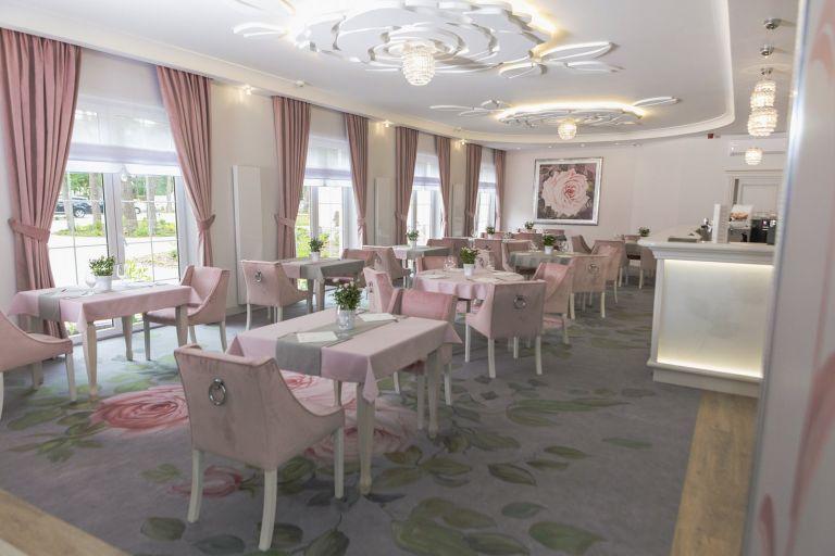 restauracja-basniowa (1)